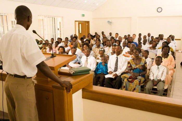 sacrament-meeting-LDS